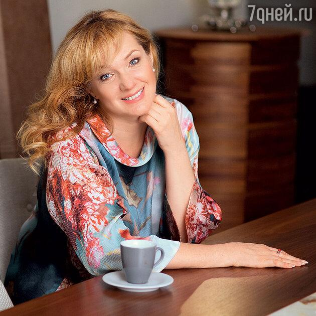 Елена Денисова-Радзинская