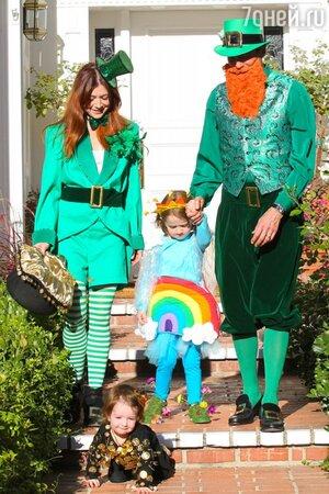 Семья Элисон Ханниган преобразилась в зеленых леприконов