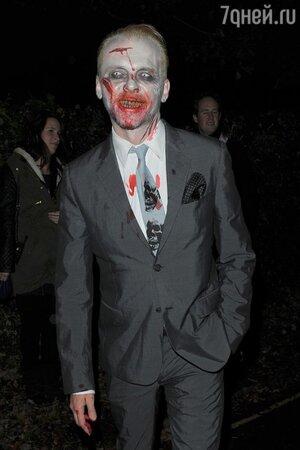 Саймон Пегг превратился в зомби