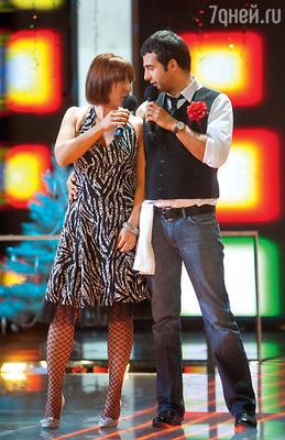 Яна Чурикова с Иваном Ургантом на съемках новогодней программы «Две звезды». 2006 г.