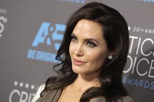 Анджелина Джоли дала первое интервью о разводе