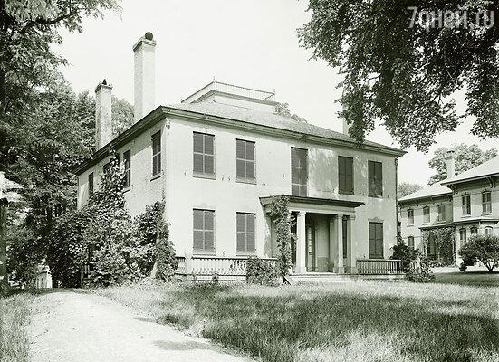 Дом свекрови в Беллоуз-Фоллз, штат Вермонт казался Хетти дворцом — сама миллионерша жила в квартирке, обходившейся ей в 20 долларов в месяц