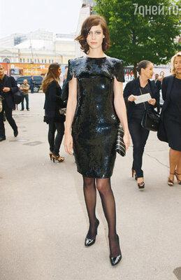 Французская актриса, лицо «Chanel» Анна Муглалис