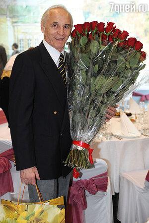 Василий Лановой отмечает 80-летие