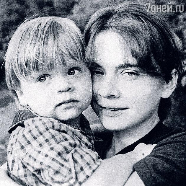 Ольга Нифонтова с сыном