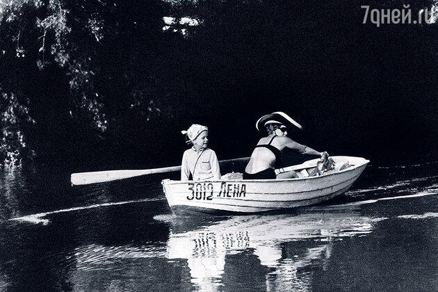 Руфина Нифонтова с дочерью Ольгой