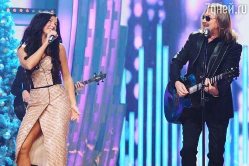 Игорь Николаев представил новейшую «русалку», которая будет петь известную песню