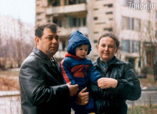 Моя любимая фотография с родителями, 1985 год