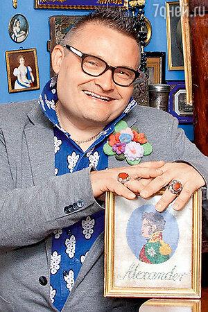 Александр Васильев