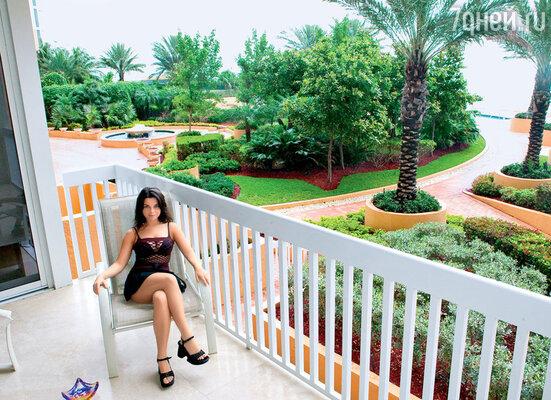 Приезжая во Флориду, Наташа Королева всегда может остановиться в маминой квартире