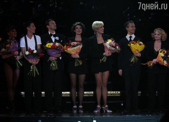 Неподражаемая хореография Боба Фоса, потрясающий вокал, замечательные актеры