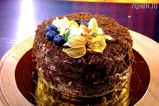 Торт медовик с бородинским хлебом: рецепт от шеф-повара Александра Бельковича