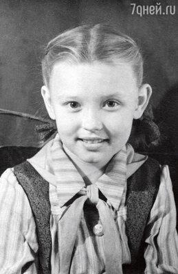 Вера-школьница. 1949 г.