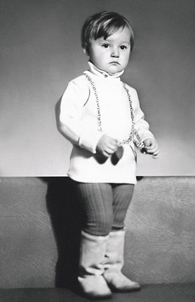 Мы с Аллой очень хотели детей. Ждали мальчика. Даже имя ему придумали — Станислав, Стасик... А родилась Кристинка! (Кристине 2 года)