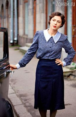 Борьба двух главных героев засердце героини Елены Лядовой — одна из ключевых сюжетных линий картины