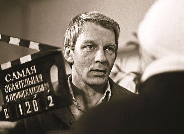 Володя Носик, брат Валеры, известен по фильму «Самая обаятельная и привлекательная»,  где сыграл ухажера Иры Муравьевой
