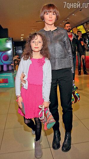 Ксения Кутепова с дочкой Лидией