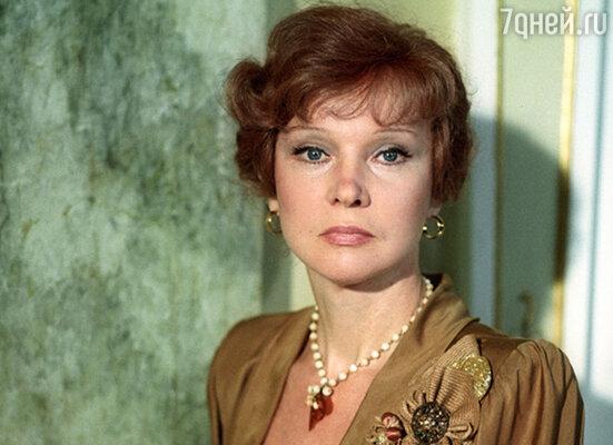 Единственной актрисой, не поладившей с Тодоровским, была Людмила Гурченко. Известно, что после съемок «Любимой женщины механика Гаврилова» они не разговаривали много лет…