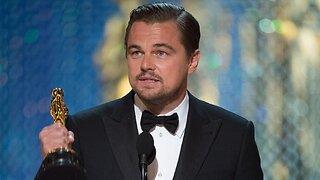 Ди Каприо не хочет отдавать незаконно приобретенный Оскар