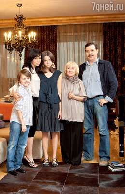 «После премьеры «Моей прекрасной няни» Майки решил, что я ушла жить в другую семью. И очень хотел, чтобы я его взяла ссобой. У меня был шок!»