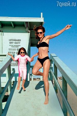 Евгения Брик с дочкой Зоей