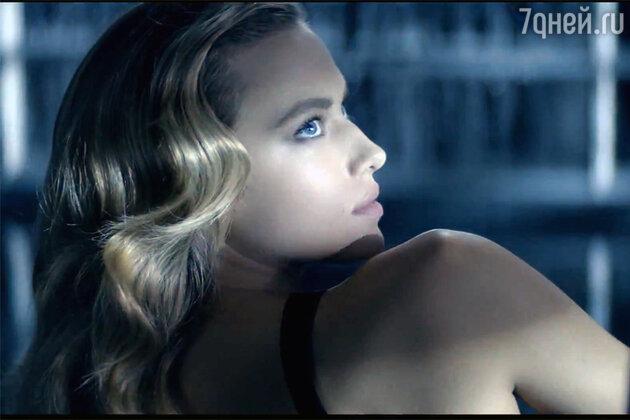Кадр из клипа Bleu de Chanel