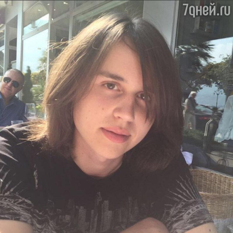Анастасия Заворотнюк похвасталась подросшим сыном