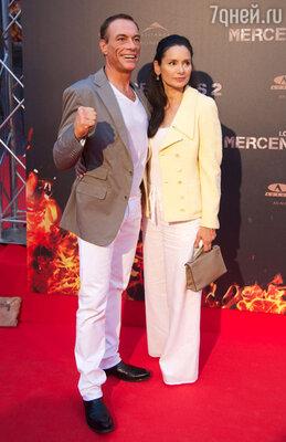 Жан-Клод Ван Дамм с женой Глэдис Португез