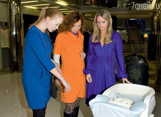 Дарье Мороз, Елене Захаровой и Дане Борисовой есть о чем поговорить