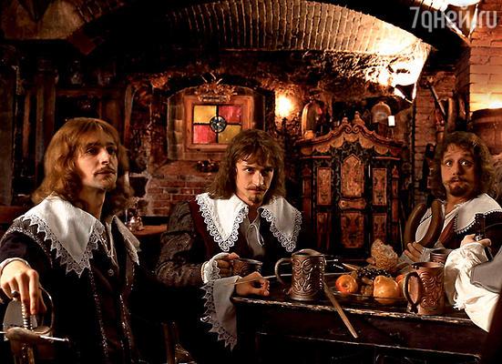 На пробах будущая тройка мушкетеров (слева направо): Павел Баршак (Арамис), Юрий Чурсин (Атос) и Алексей Макаров (Портос)