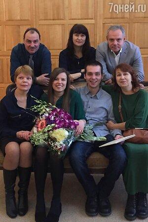 Александр Мохов с семьей