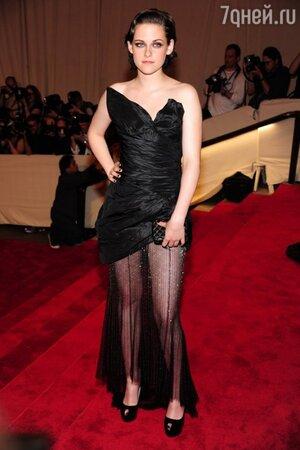 Кристен Стюарт на вечере Costume Institute Gala в 2010 году