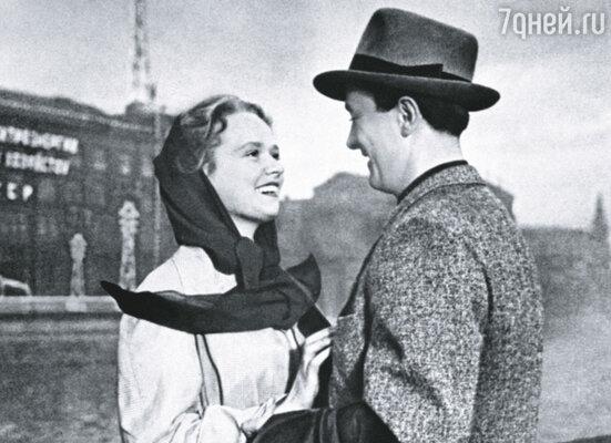 Нина Гребешкова и Олег Голубицкий в к/ф «Испытание верности», 1954 г.