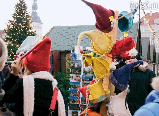 Приехать в Таллин и не купить войлочную шапку невозможно. Эти забавные головные уборы продают повсюду