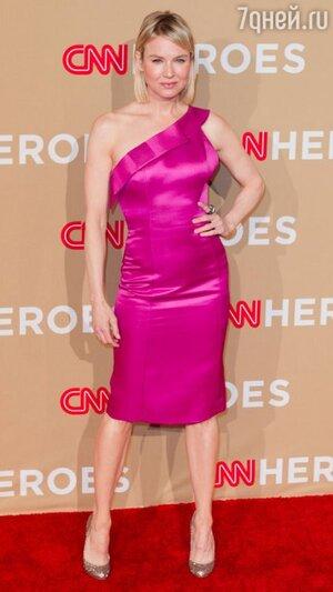 Рене Зеллвегер в платье от Carolina Herrera, 2010 год