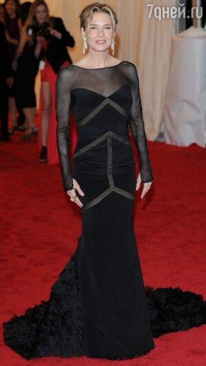 Рене Зеллвегер в платье от Emilio Pucci на вечере Met Gala в 2012 году