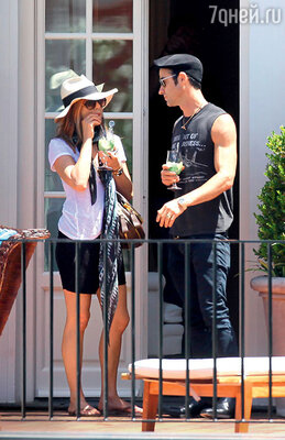 Влюбленные выложили 4 тысячи долларов за одну ночь в отеле на Марина Гранде