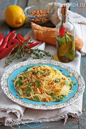 Сицилийские спагетти с пряным оливковым маслом