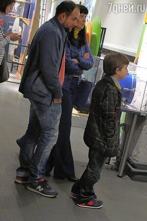 Нонна Гришаева, Александр Нестеров с сыном Ильей