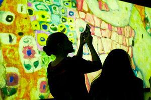 В ARTPLAY дают «Уроки на выставке»
