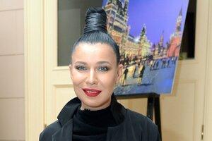 Певица Ёлка побывала на опере в «Ла Скала», не уезжая из Москвы