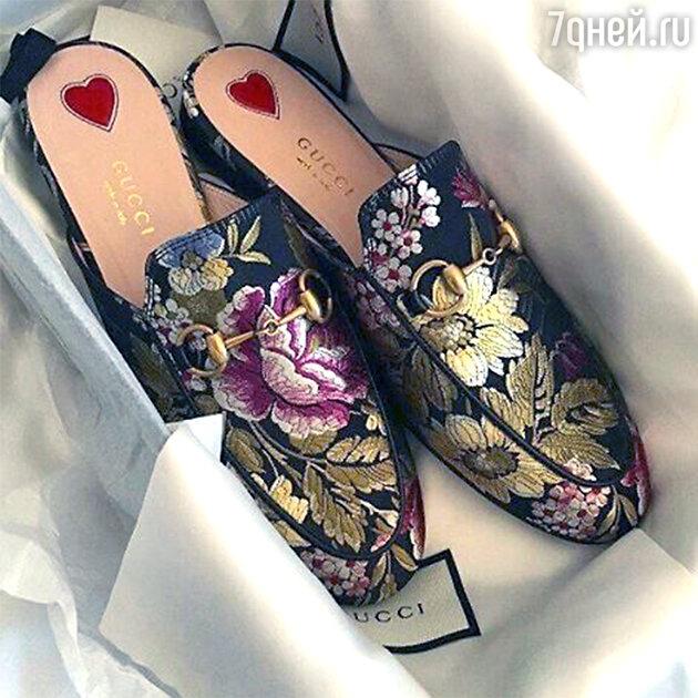 Модные тапочки от Gucci