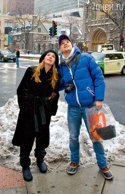 Егора Дружинина и его жену Нику поразили небоскребы Чикаго, теряющиеся в зимнем тумане