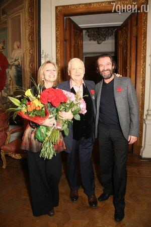 Олег Табаков со своими учениками -  женой Мариной Зудиной и Владимиром Машковым