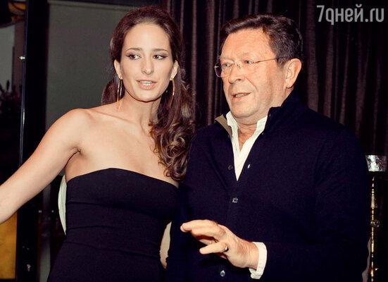 Лиза с папой, Георгием Мартиросяном. 2011 г.