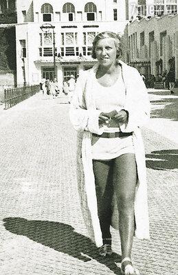 Мари-Терез занималась велоспортом, обожала лошадей, слыла отважной альпинисткой