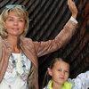Юлия Меньшова отдохнула в Выборге вместе с семьей
