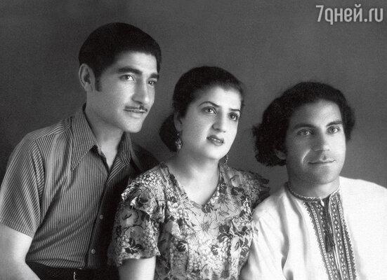 Родители Андрей Григорьевич и Ольга Сергеевна. 50-е годы
