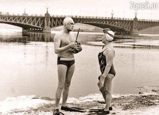Павел Петрович на здоровье никогда не жаловался, зимой каждое утро купался в проруби