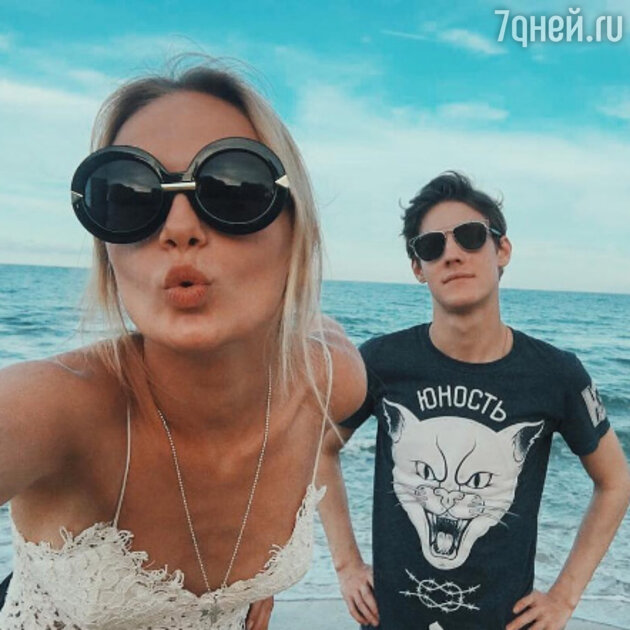 Павел Табаков и Мария Фомина